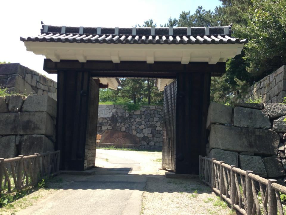 東二之門と清正石_20130711