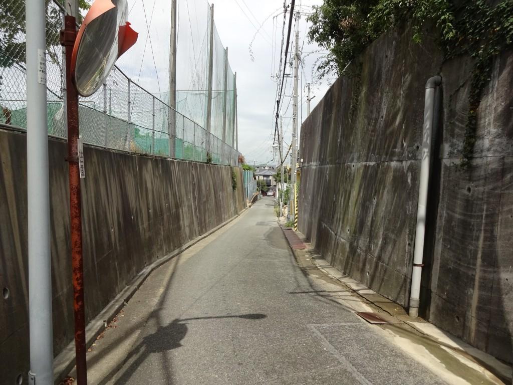 明石城北外郭の道5(金錦中学)